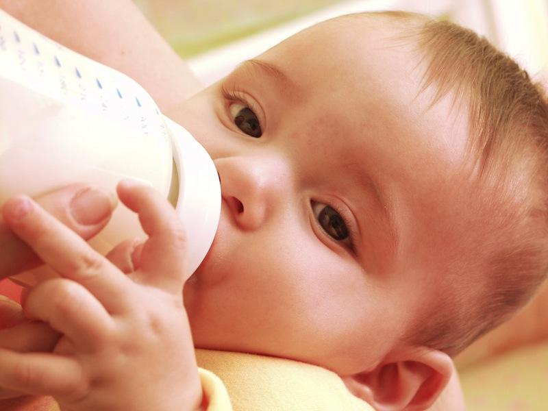 baby-bottle-131021